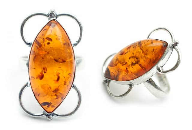 What is Amber jewelry